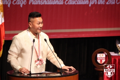 Distinguished Diplomat and International Educator Challenges SISFU Class of 2019 Graduates to Look Beyond Themselves and Serve the Nation